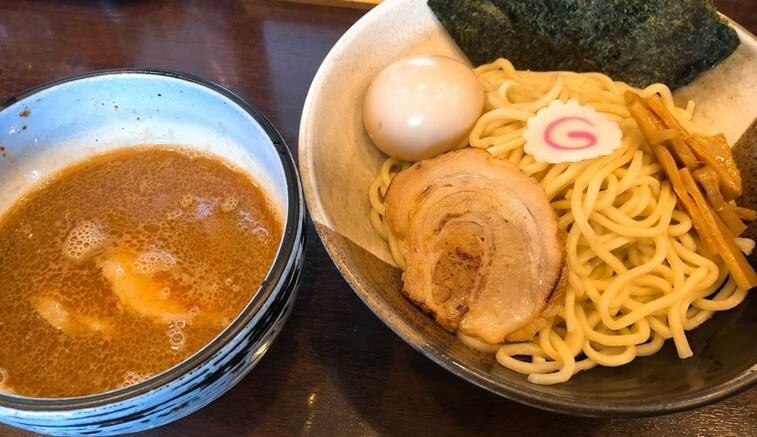 岐阜県各務原市 よなやの味玉つけ麺