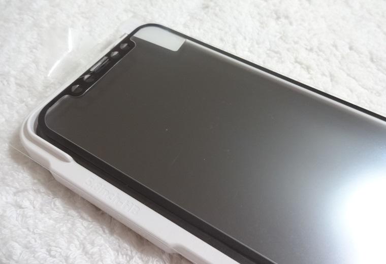 Premium Style iPhone 11 Pro/XS/X用 治具付き 3Dハイブリッドガラス アンチグレア PG-19AGL02Hの貼り方