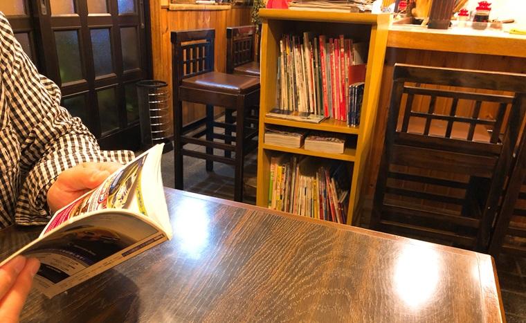 岐阜県岐阜市にある手作り餃子専門店ひょうたんの店内の様子
