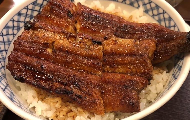 岐阜県関市にある鰻しげ吉のうなぎ丼並